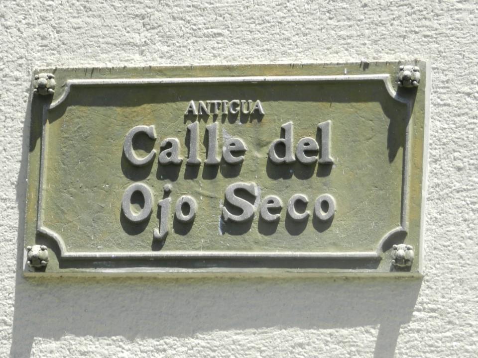 Calle del Ojo Seco - General Mackenna