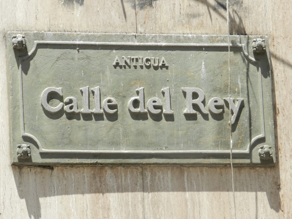 Calle del Rey - Paseo Estado